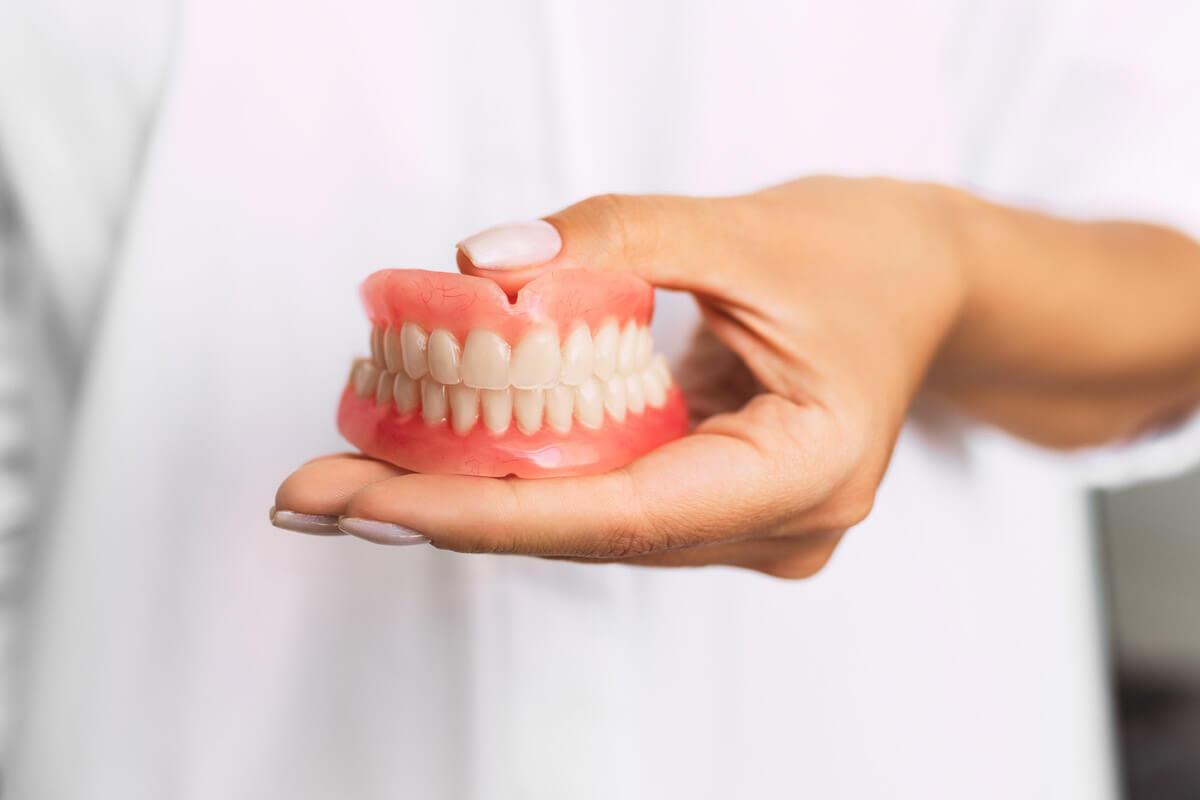 Protetica Dentara Brasov